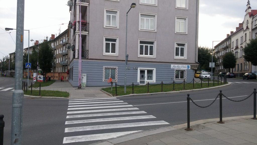 Pohled z tramvajové zastávky